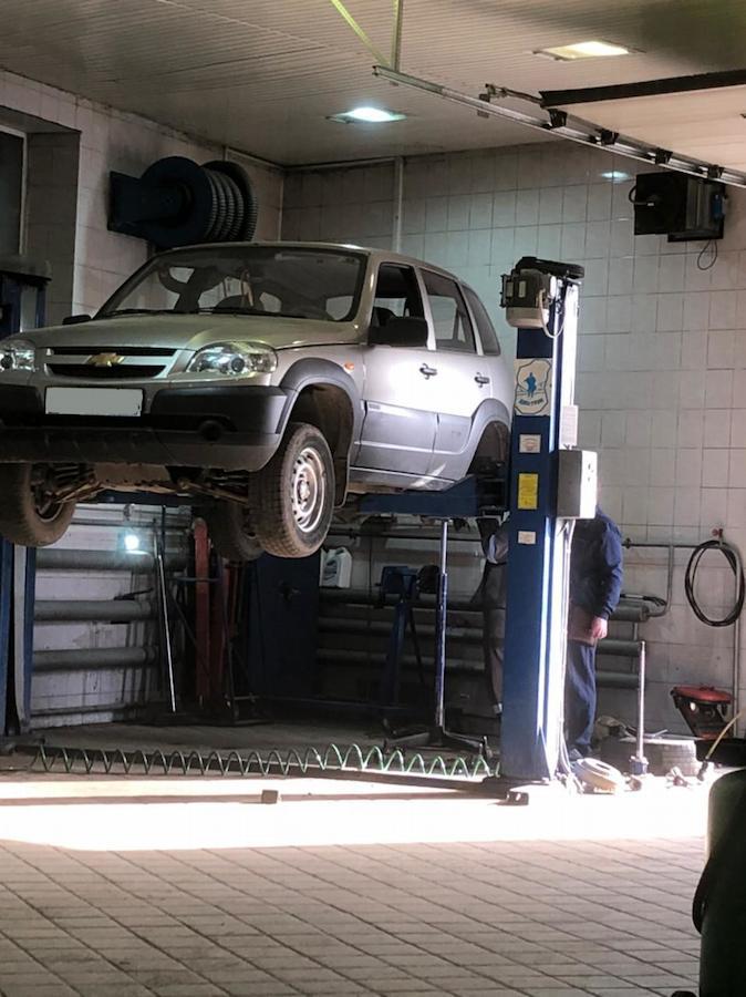 Фото процесса восстановления геометрии Chevrolet