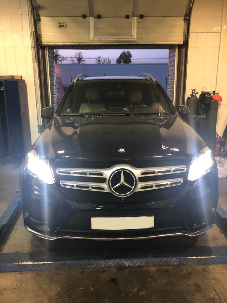 Фото стапельного ремонта Mercedes